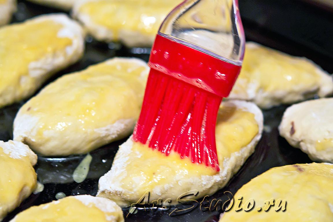 Домашние пирожки с отварным сердцем